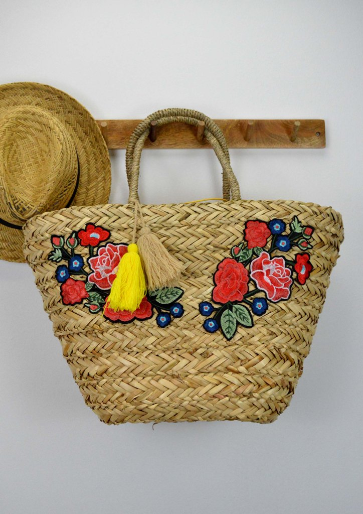 τσαντα-ψαθινη-καλαθι-λουλουδια