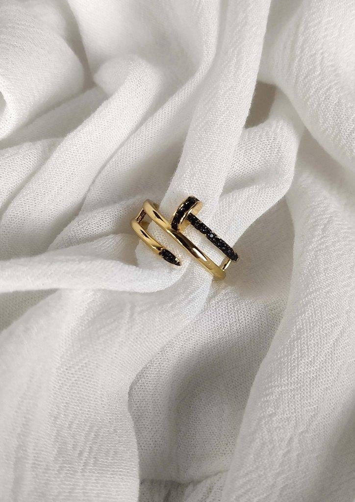 δαχτυλιδι-ατσαλι-καρφι